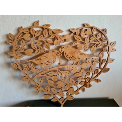 Drevená dekorácia srdce